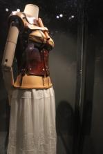Faja ortopédica: estas prendas acompañaron a la artista la mayor parte de su vida.